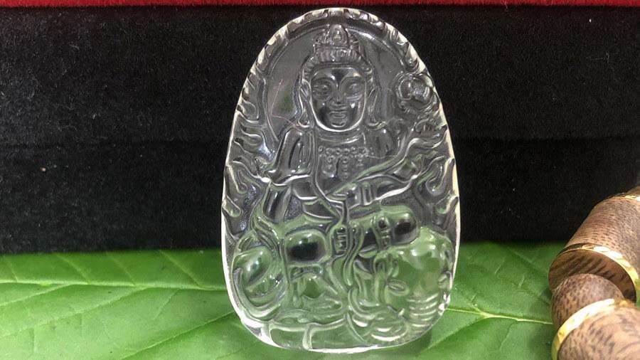 Phật Bản Mệnh thạch anh trắng cho người mệnh Kim
