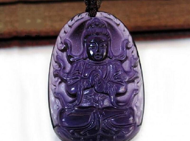 Tượng Phật thạch anh tím cho mệnh hỏa