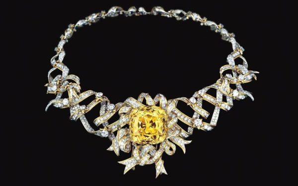 Vàng 10K dễ dàng chế tác thành những món trang sức tinh xảo
